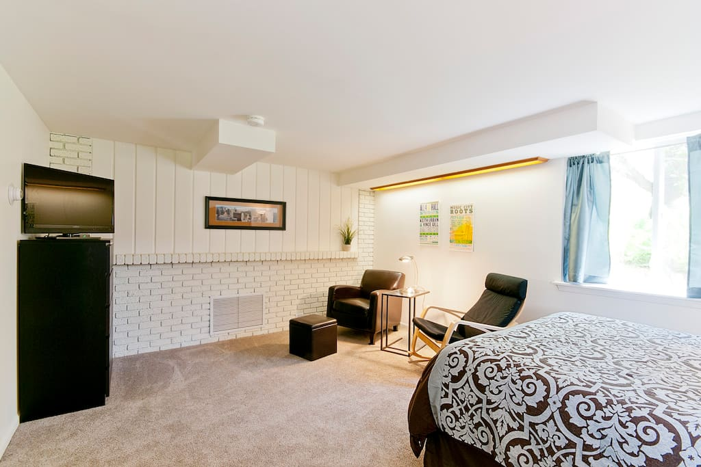Stay cozy inside or bundle up and walk to town - Apartamentos baratos en brighton ...