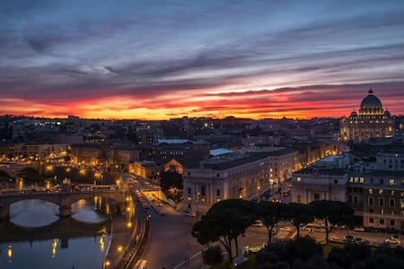 -50%JANUARY VIEW VATICAN HOME/NEAR STATION TRAIN - Roma