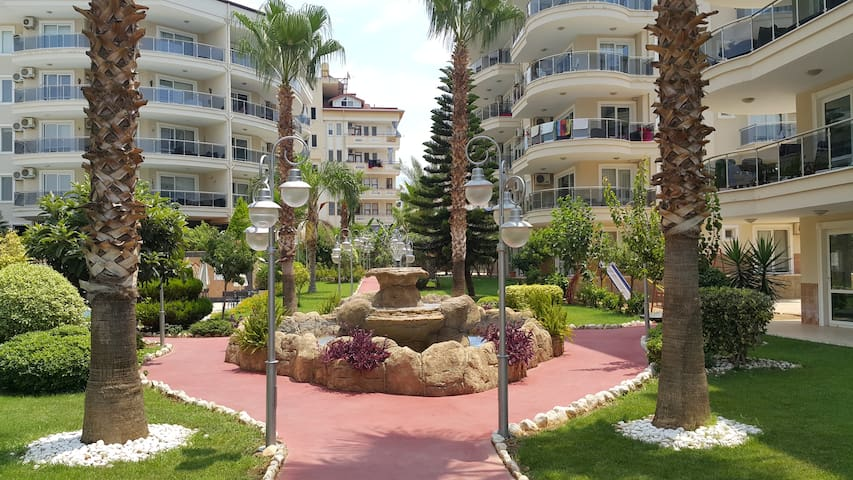 Joyful and Comfortable Holiday in Flower Garden - Tosmur Belediyesi - Apartment