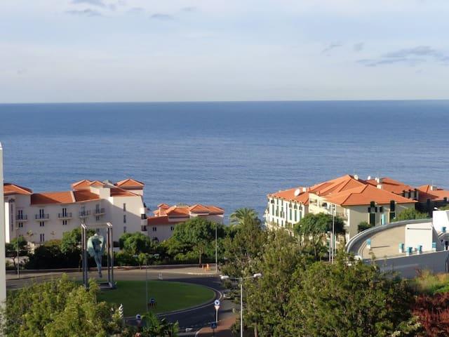 Funchal Luxury Apartment by Praia Formosa