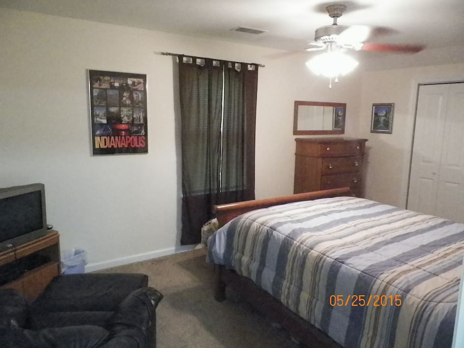 Upstairs Bdrm#1 has a queen size bed with cable tv and large closet