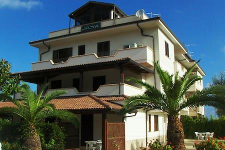 Case Vacanze Giscor - Tropea - Gasponi