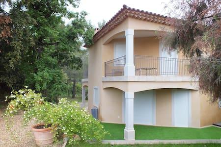 villa neuve de 170 m2 - Cotignac - Villa