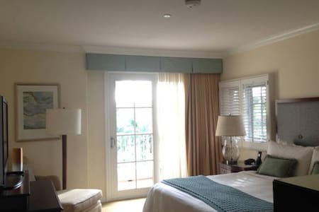 Four Seasons Luxurious 2 Bdrm Villa - Carlsbad - Villa