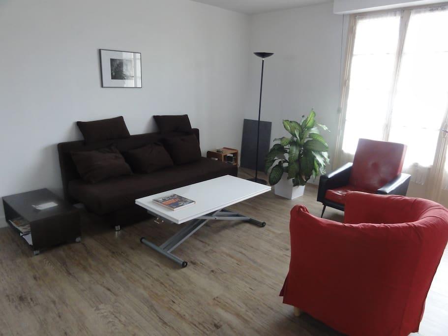 espace et confort en centre ville appartements louer le mans pays de la loire france. Black Bedroom Furniture Sets. Home Design Ideas