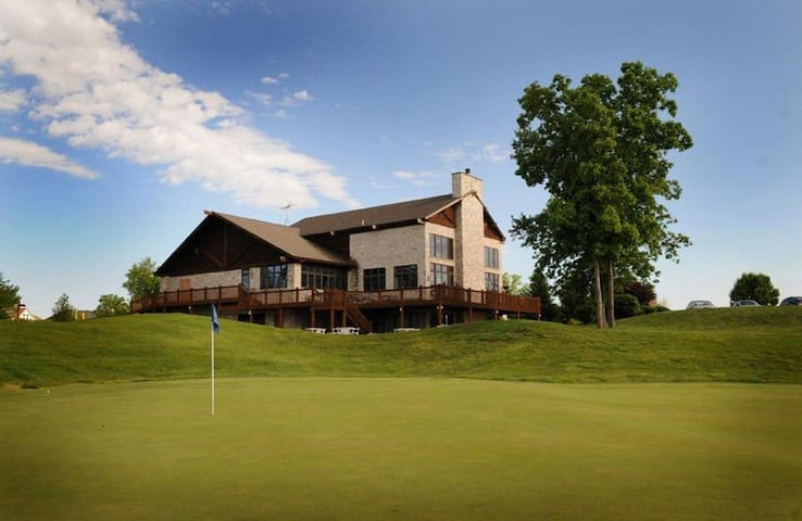 Clubhouse photo. Stay with us during your big event.
