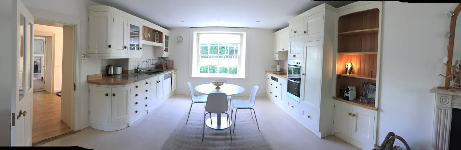 Self Contained Two Bed Apartment in Dun Laoghaire - Dublin