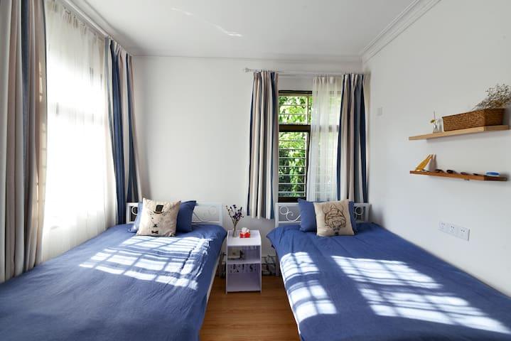 Room 柠檬:开元寺旁的阳光双床房,独立卫生间 - Quanzhou Shi - 別荘