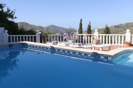 Beautiful Villa newly renovated - Canillas de Albaida