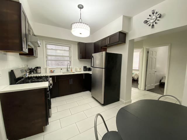 Deluxe Modern Private Apartment in Bay Ridge