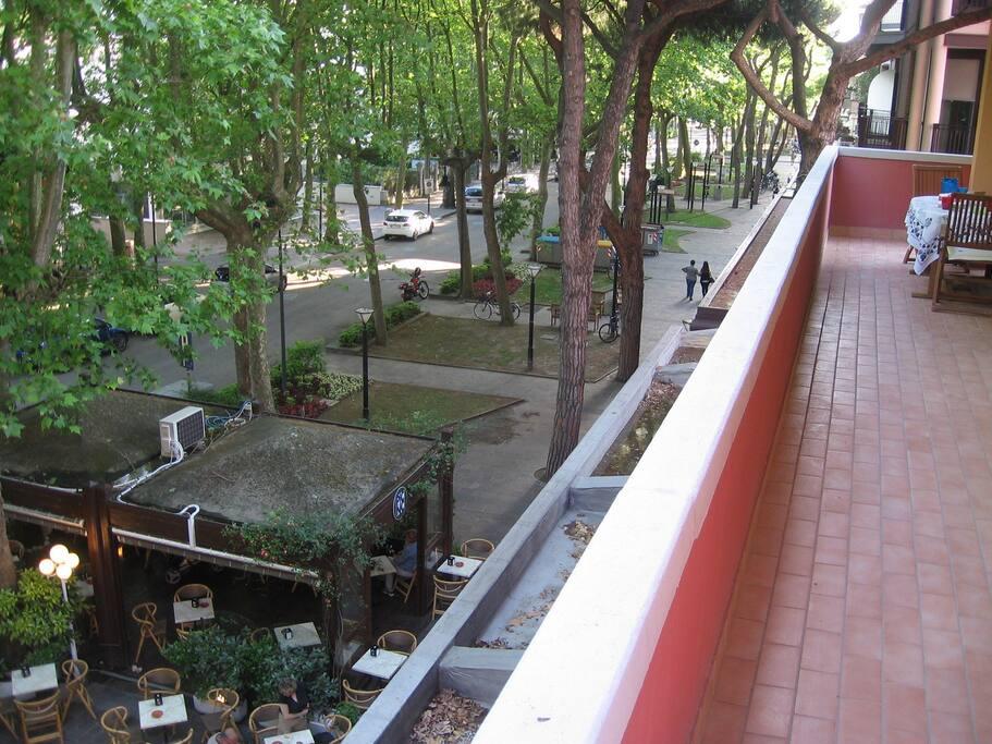 Balcone. Vista Viale Roma