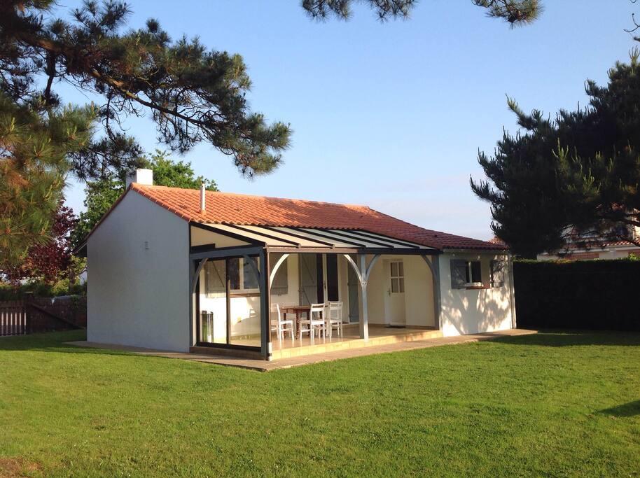 Maison au calme 600m des plages maisons louer la for La salle de bain jean philippe toussaint