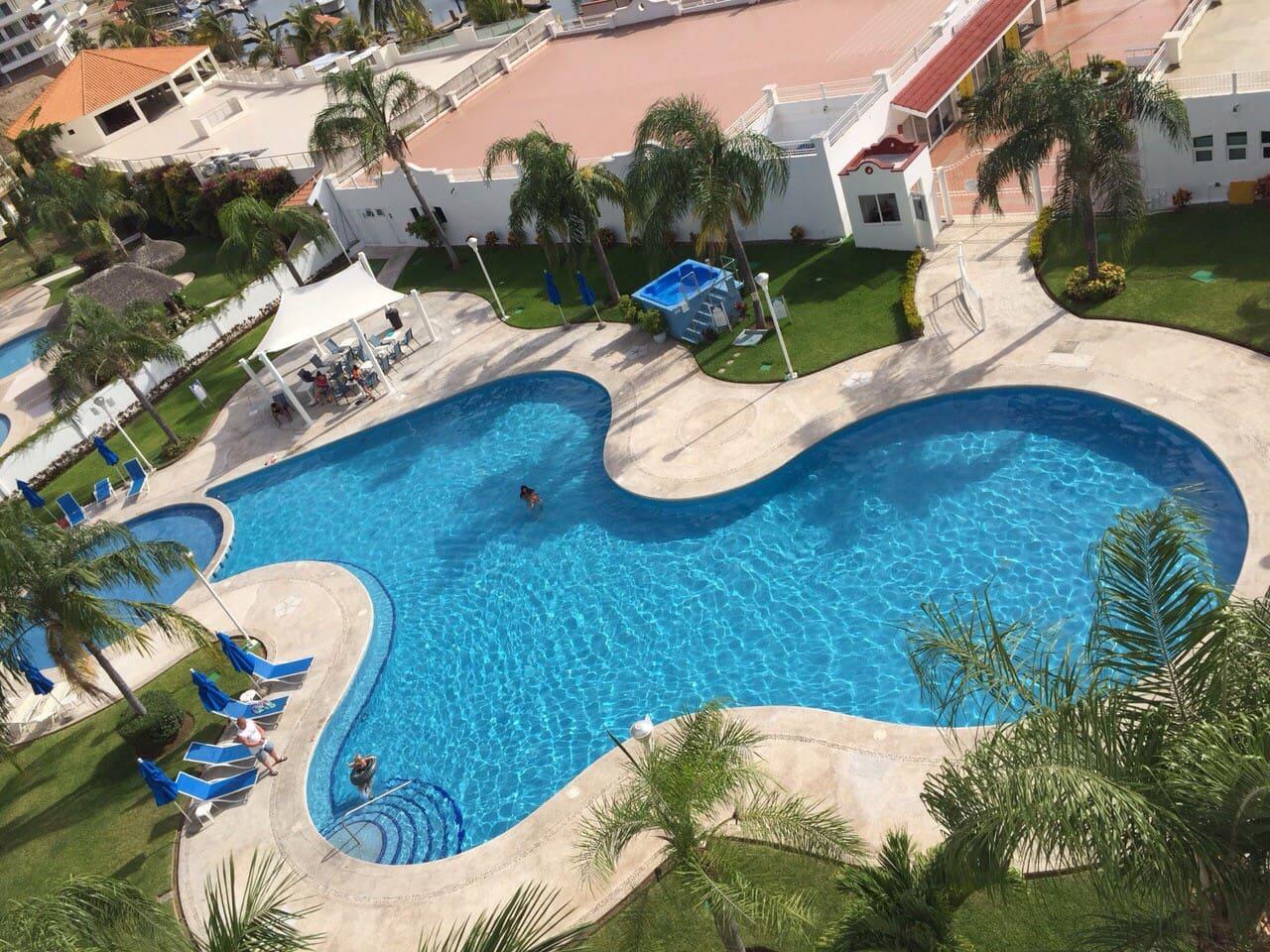 Magnífico condominio en Marina Puesta del Sol.