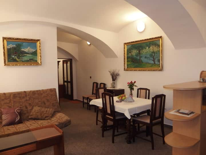 Apartment At the Garnet Rock-Tábor