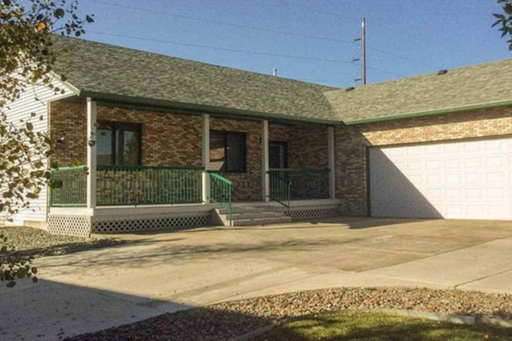 Large Basement Suite Houses For Rent In Cheyenne