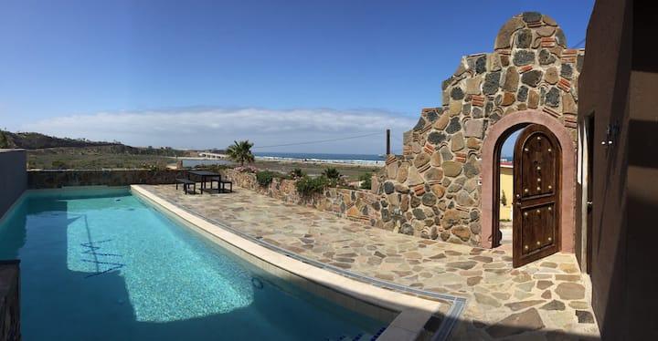 """""""Casa Rosada"""" Baja Retreat w/Stunning Ocean Views"""