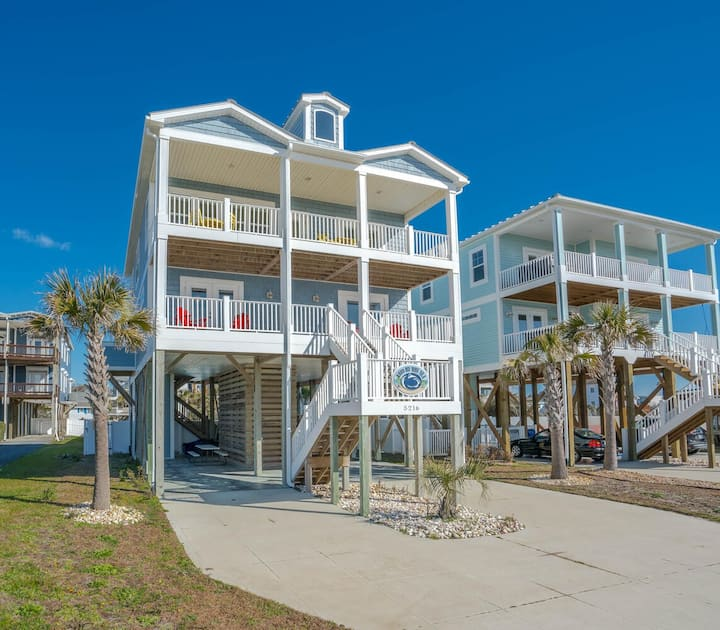 2nd Row 4BR beach home with private pool and hot tub