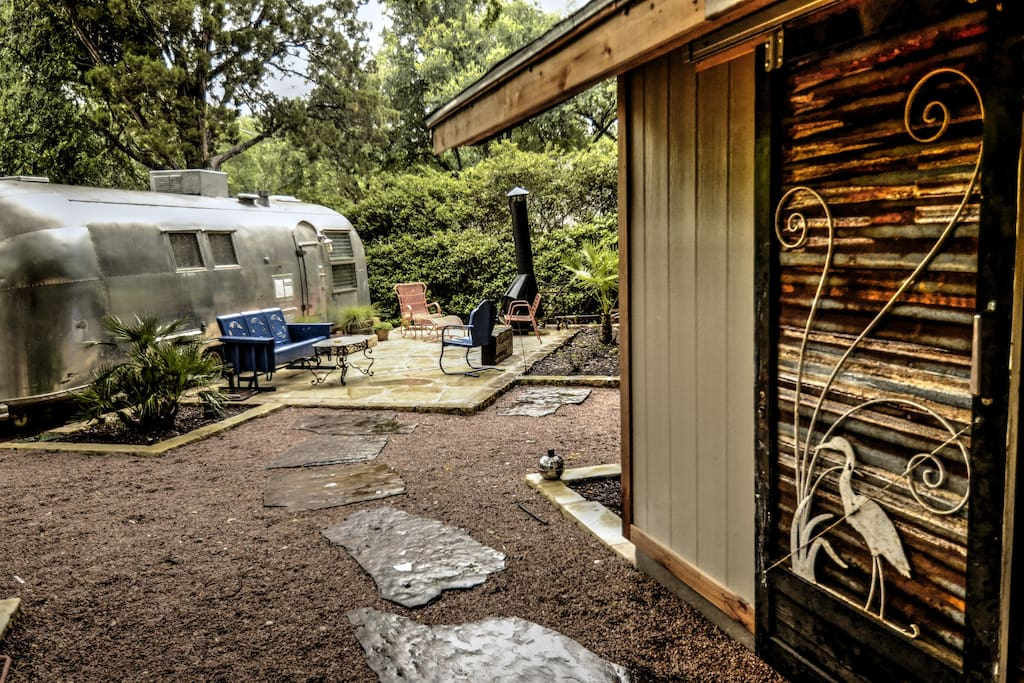 Outdoor Laundry Room / Side view of Airstream