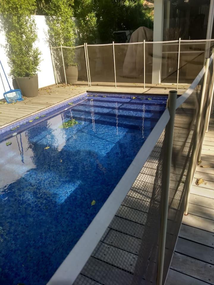 New Ra'anana Kosher 3 Bedroom Villa with Pool