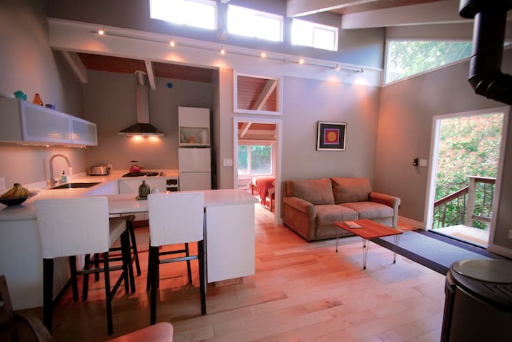 Private, modern & clean apartment that sleeps 4. - Orinda - Departamento