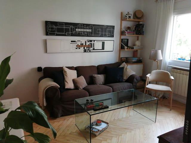 Habitación privada individual en el Retiro