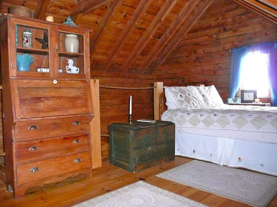 Rest easy in this comfy queen size bed in the loft.  (We supply the sheets)