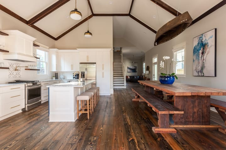 Bywater Beauty |Close to French Quarter|Redamo