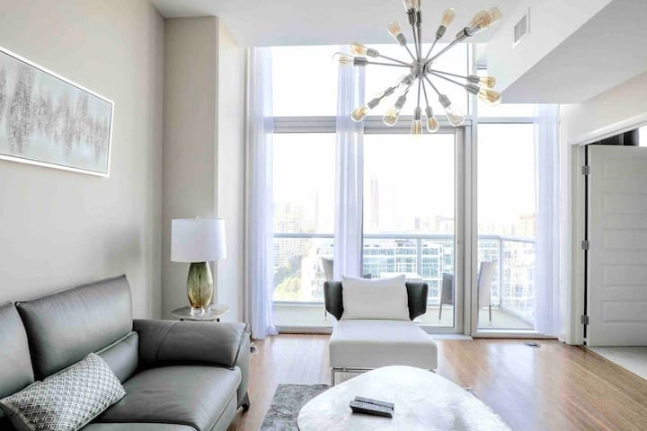 MIDTOWN PENTHOUSE 1min to Northside HospitalCenter