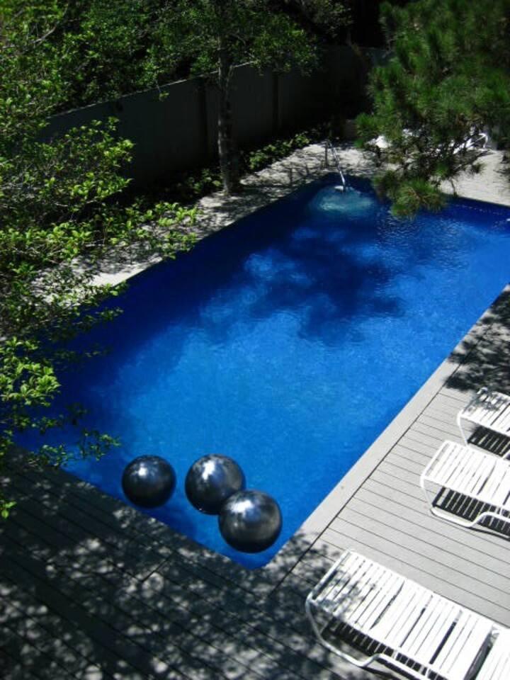Private Room/Bath-Beautiful House, Pool & Spa Tub2