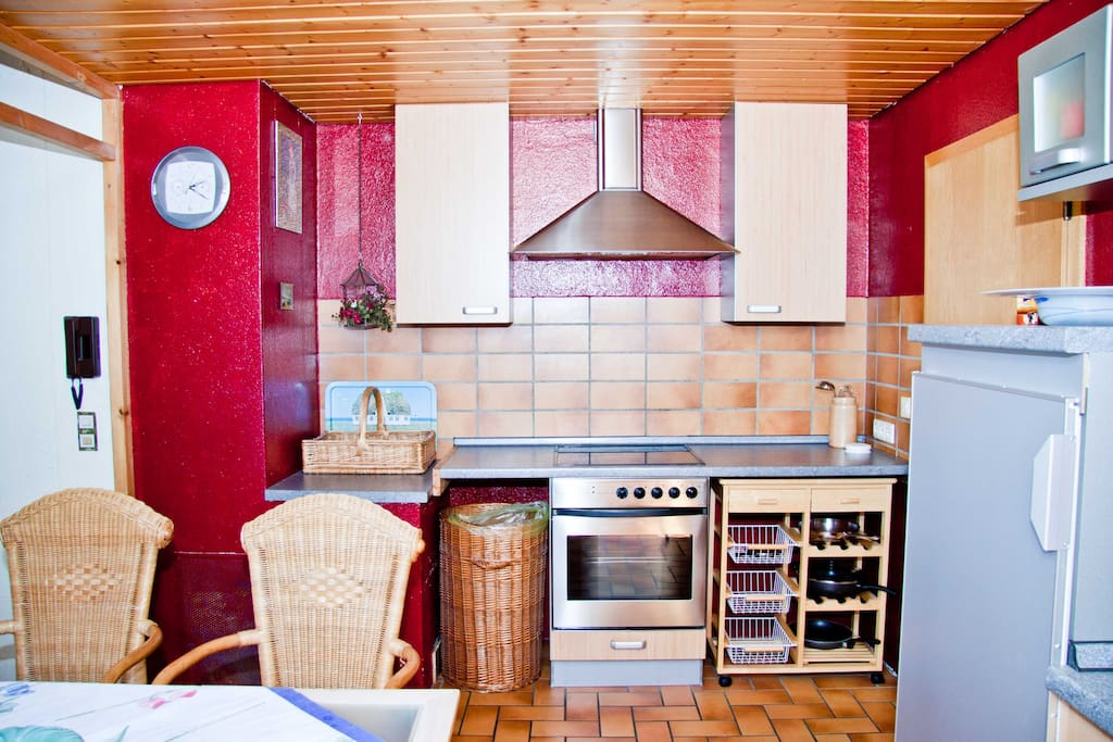 Fully equipped kitchen (incl. dish-washer)