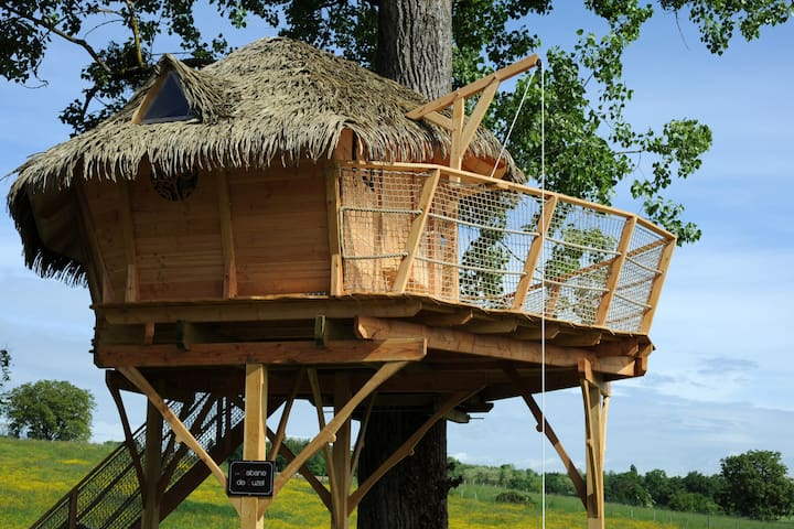 Cabane dans les arbres insolite - Vignieu