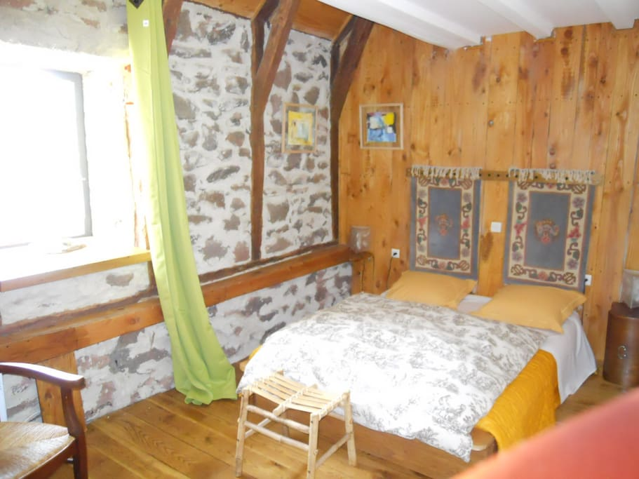 Chambre d 39 h tes chambre campagne bed breakfasts for for Chambre d hotes pyrenees