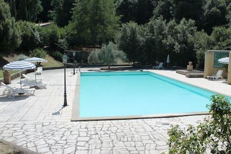 Tuscany agreable flat &swimmingpool - Casole d'Elsa