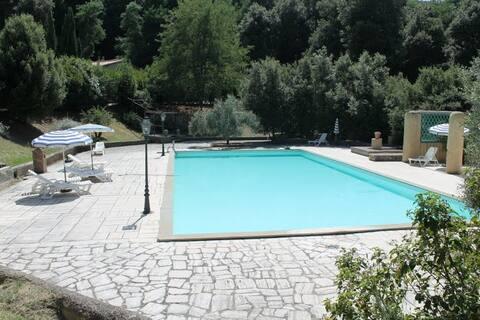 Tuscany agreable flat &swimmingpool