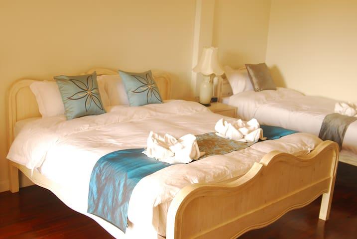 The Cathayresort and Spa hotel - Tambon San Sai Noi - Bed & Breakfast
