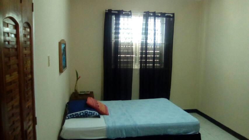 Jamaican Jypsy Room 2