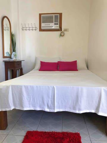 Bed, Mirror, Air-con