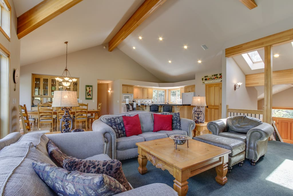 Large family room with openness for a comfortable family gathering.