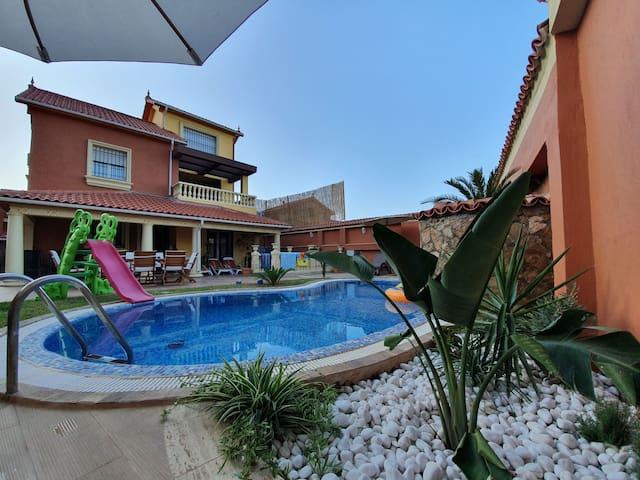 Villa de luxe avec piscine privée sans vis a vis