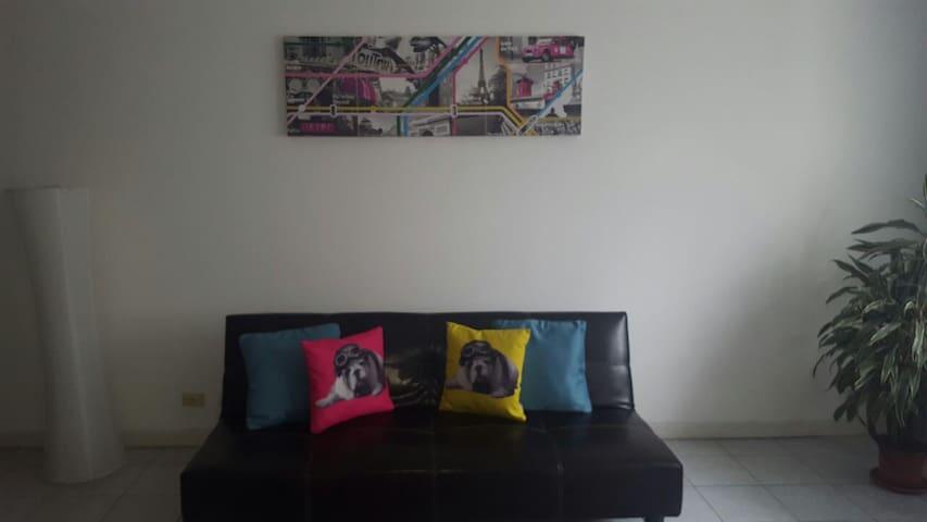 Acogedora habitación en ubicación céntrica - Pozos - Appartement