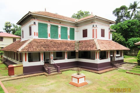 Srivilas (Heritage Home) - Palanquin Room