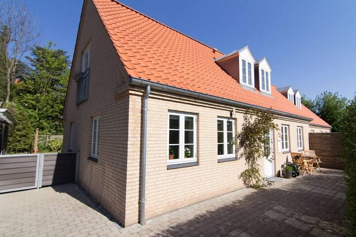 Skønt 142kvm hus på Frederiksberg med egen have