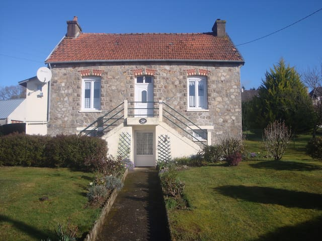 Maifleur Bed and Breakfast - Mûr-de-Bretagne - Bed & Breakfast