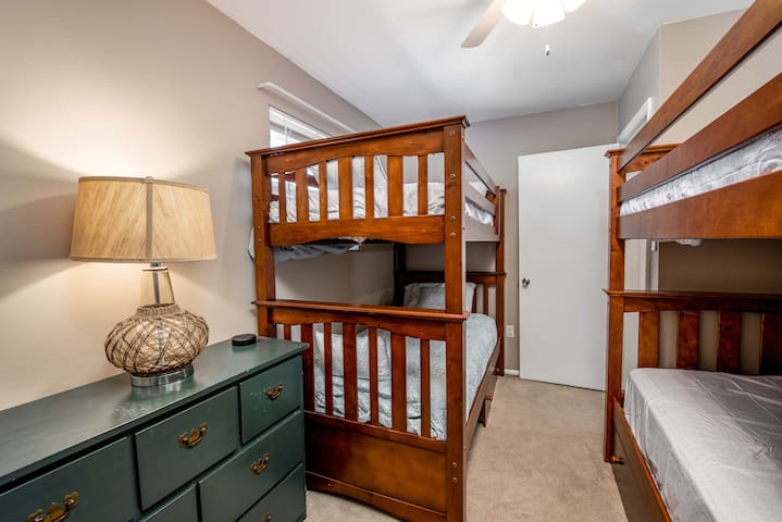 Double Twin Beds! All linens provided.