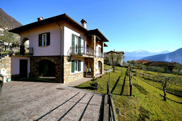 VILLA PANORAMICA with garden, views - Lenno - House