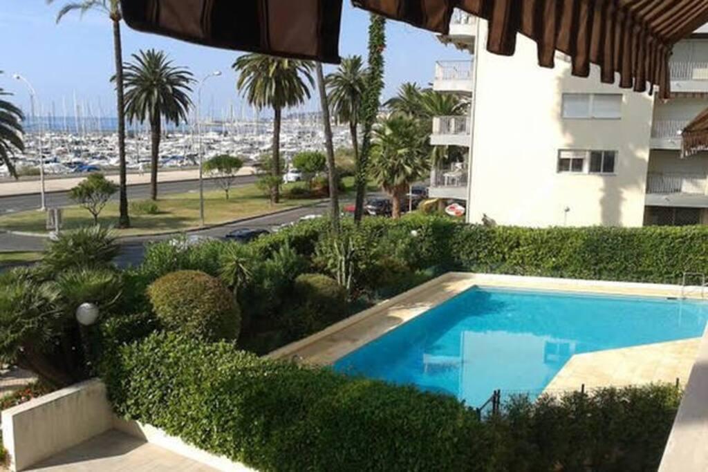 Charmant studio vue mer et piscine appartements louer for Piscine 2 alpes