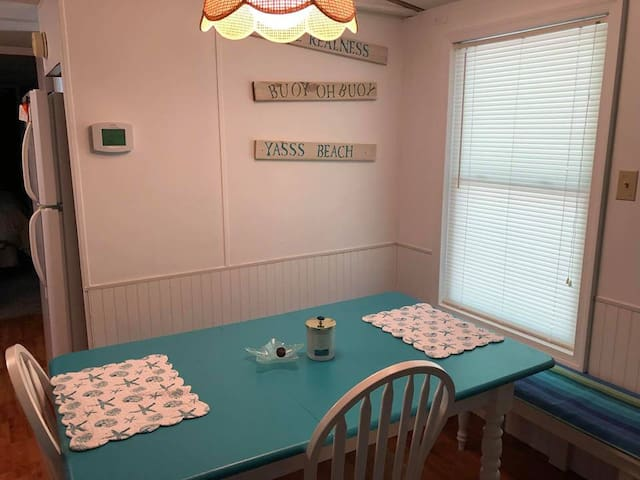 Dining Room Seating for 6