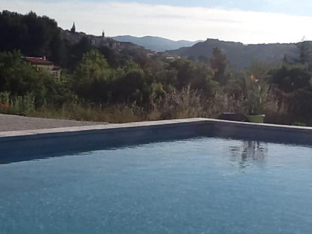 entre vignes et méditerannée - La Cadière-d'Azur - Huis