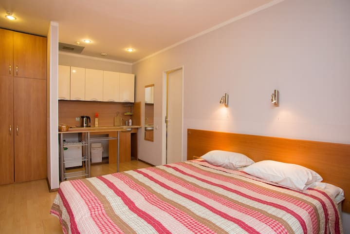 Central Studio Apartment 48