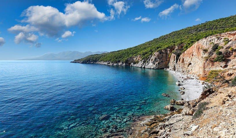 Visiting island near Athens, A1 ~ - Island - Apartemen